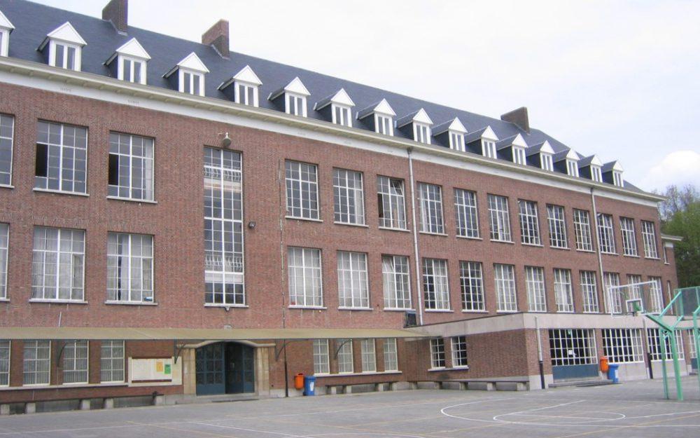 Dakwerken Dieltjens Schriek | Hellend dak schoolgebouw
